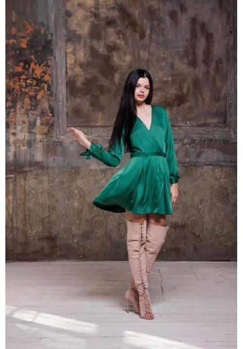 483f7c21b33fd00 Платье